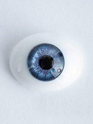 Pestañas y Ojos en varios materiales.